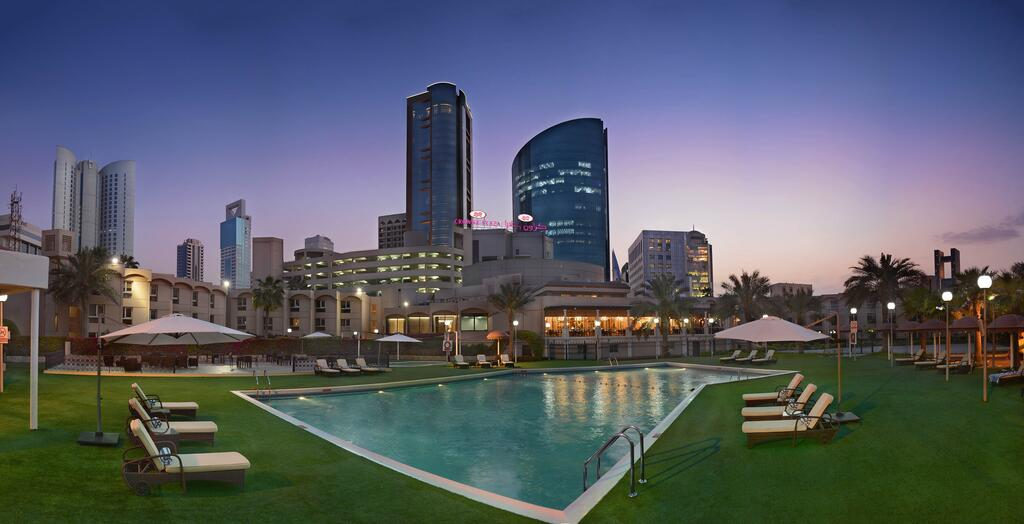 Crowne Plaza Bahrain, An IHG Hotel - Accommodation Bahrain